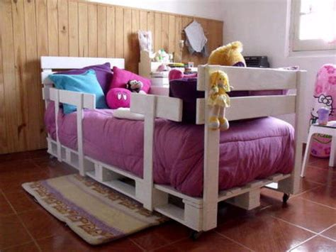 Bed With Sides by 10 Pallet Ideas For To Tryout This Year 99 Pallets