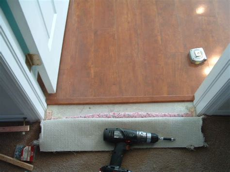 Where Transition From Laminate To Carpet - finishing carpet to laminate transition