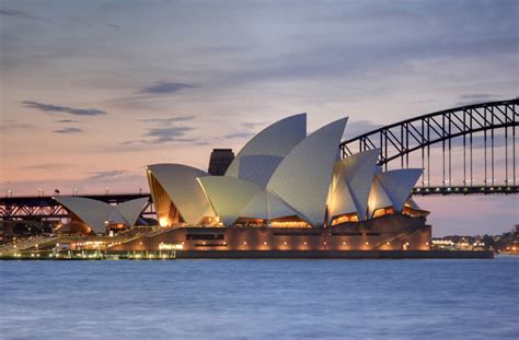 who designed the opera house in sydney australia the opera cer takes after the sydney opera house