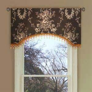 Country Window Valances Best 25 Country Window Treatments Ideas On Pinterest