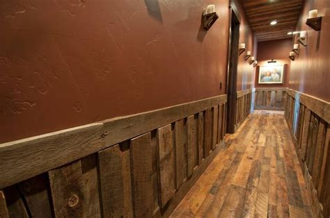 Barn Board Wainscoting by 1000 Ideas About Barn Wood Walls On Barn