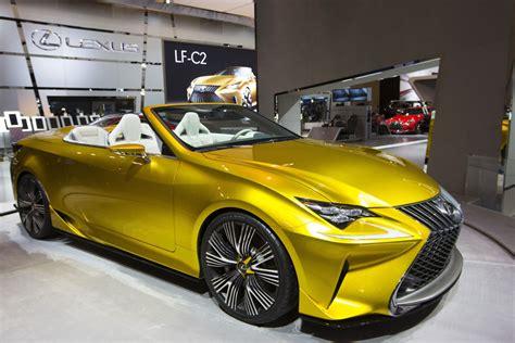 lexus shows lf c2 convertible concept toronto