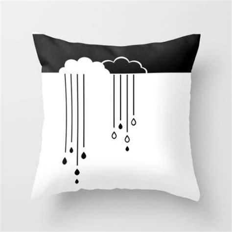 kinderzimmer deko schwarz weiß kinderzimmer deko mit wolken 5 tipps und 30 beispiele