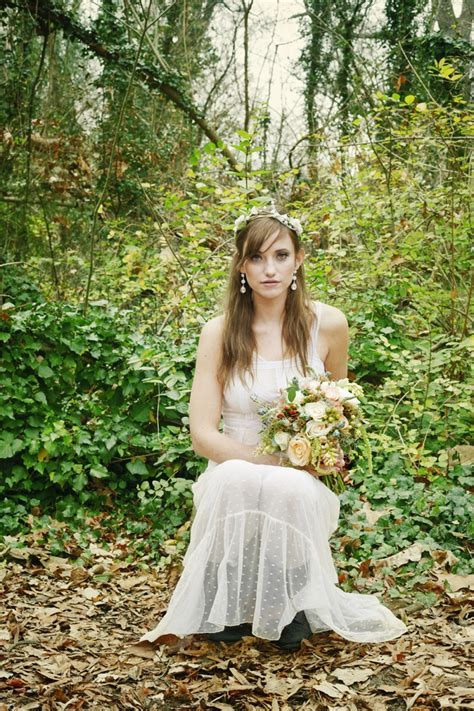 Romantic Nature Inspired Snow White Wedding Inspiration