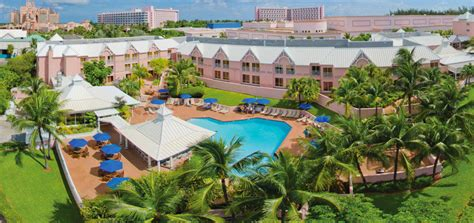 comfort suites paradise island access to atlantis comfort suites paradise island traveloni resort vacations