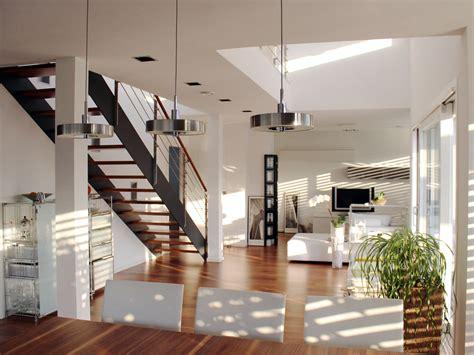 Treppe Im Wohnzimmer by Wohnraum Mit Filigraner Zweiholmtreppe Bauemotion De