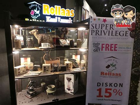 Rollaas Coffee food surabaya rollas cafe surabaya