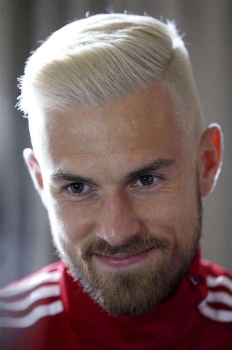 european soccef hair cuts coiffure aaron ramsey s est il inspir 233 de justin bieber