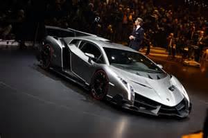 Lamborghini Venom Lamborghini Spits Fiery Venom With The Veneno Car And Bike