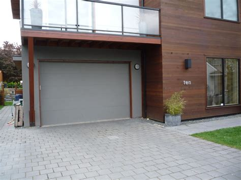 flush style steel insulated garage door contemporary