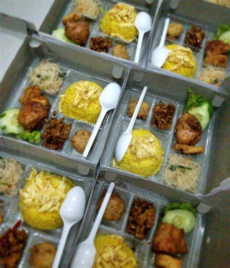 Terima Pesanan jual terima pesanan nasi kuning nasi kotak nasi tumpeng tumpeng mini di lapak icap icip yankobeda