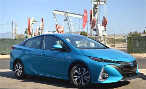 blue book used cars values 2009 toyota prius instrument cluster kelley blue book recommends toyota prius prime over chevy volt