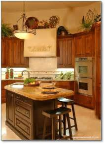 How Do I Design A Kitchen How Do I Decorate Above My Kitchen Cabinets La Z Boy