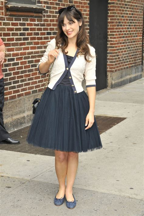 zooey deschanel s girly daytime style look of the day