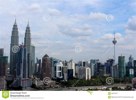 two thumbs tattoo kuala lumpur klcc twin tower and kl tower the building icons of kuala