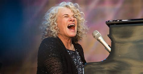 carol king carole king revisits 1983 song after women s march