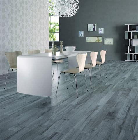Dining Room Flooring Wood Tile Ceramic Tile That Looks Like Weathered Wood Interiorzine