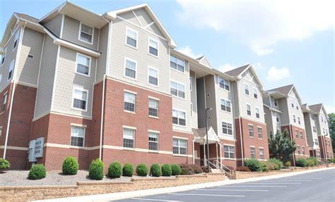 student appartments honeysuckle student apartments rentals bloomsburg pa apartments com