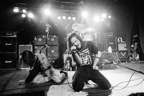 best grunge rock bands grunge bands of the 90s today