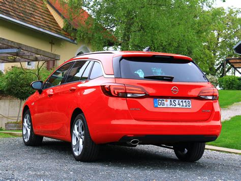 Opel Astra Sport by Opel Astra Sports Tourer Fahrbericht Autoguru At