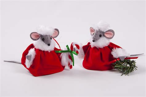 festive christmas mice tree decorations plaid tidings