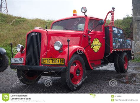 german opel blitz truck the automobile tow truck on the basis of the german opel