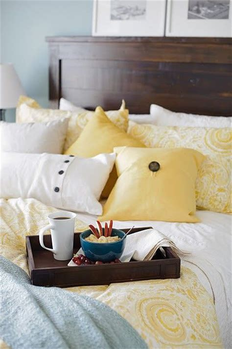 Yellow Blue And White Bedroom Yellow And Blue For The Bedroom Decor Ideas