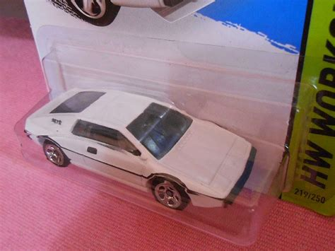 Wheels Seri Bond 007 Paket 2pcs sibeloy hw workshop bond 007 the who loved me lotus esprit s1