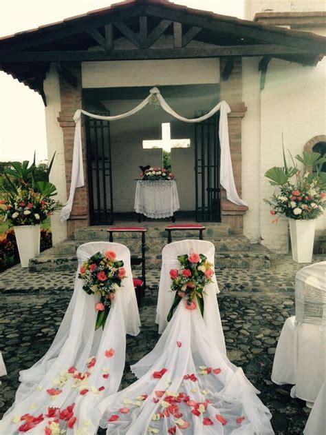 decorar la boda sillas para los novios sillas novios decoradas en 2018