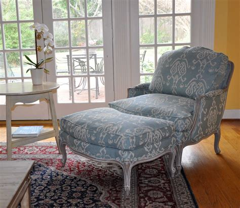 ethan allen esszimmertisch sets anatomy of a swedish room starring ethan allen s