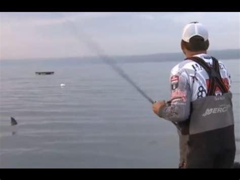 phoenix bass boat vs legend phoenix boats 2013 doovi