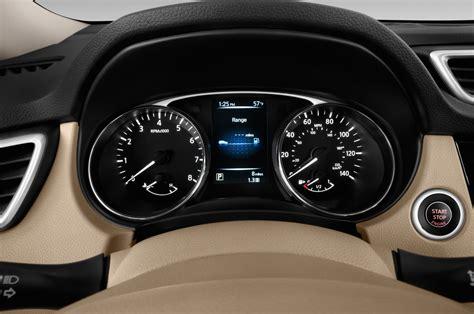 2014 Nissan Rogue Gauges Interior Photo   Automotive.com