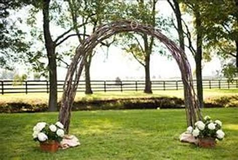 Wedding Arch Measurements by How To Make A Wedding Arch Out Of Wood 4 Guides Daily
