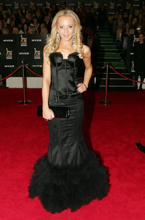 Carrie Bickmore Wardrobe by Carrie Bickmore Photos 52nd Tv Week Logie Awards Arrivals 166 Of 173 Zimbio