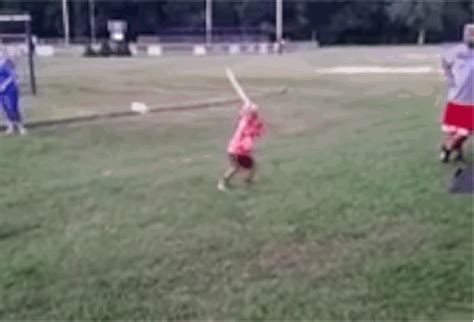 baseball bat flip swing this kid is better at bat flipping than you