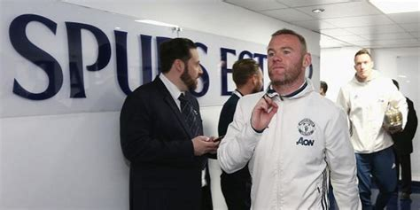 bca internship the sun wayne rooney perdi 243 casi un mill 243 n de euros en