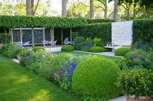 grimshaw s garden diary chelsea gardens 1