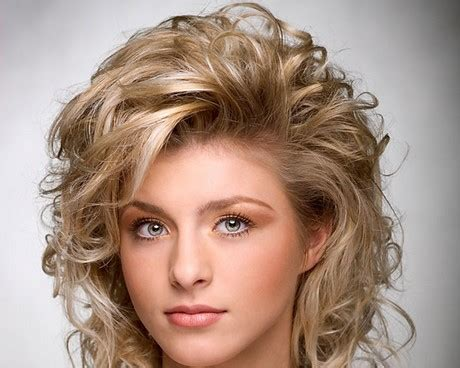 shoulder length layered natural curly haircuts with front and back pictures 2017 medium length layered haircuts