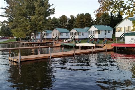 Bayview Cabins by Cabins Lodging In The Naples Maine Lakes Region