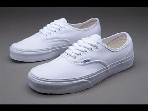 Harga Vans True White by Vans Authentic True White Review