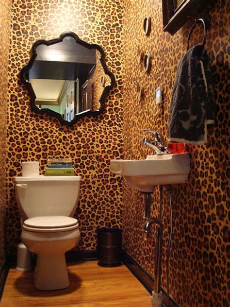 animal print bathroom ideas leopard print wallpaper in bathroom http www