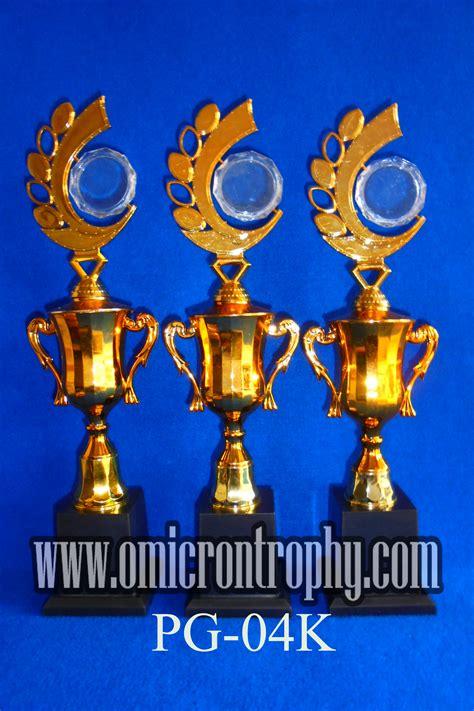 Plastik Bandung grosir trophy plastik jakarta bandung omicron trophy