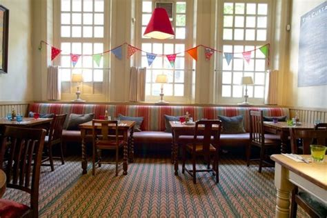 the curtains up pub the curtains up hammersmith london pub reviews