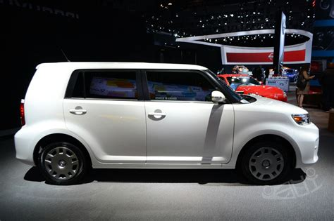 scion xb 10 series review scion xb release series 10 0 at 2014 ny auto show side