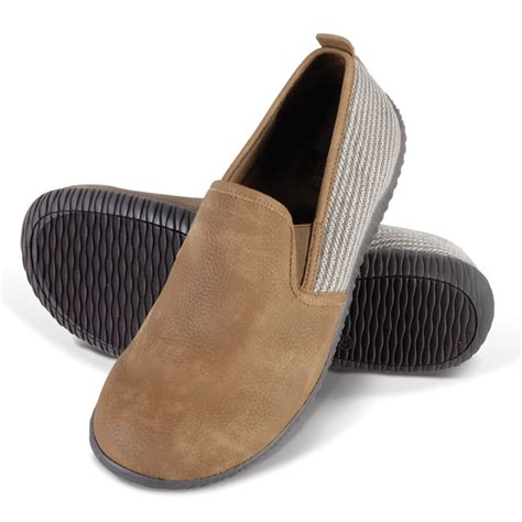 plantar fasciitis house shoes the gentleman s closed back indoor outdoor plantar fasciitis slippers hammacher