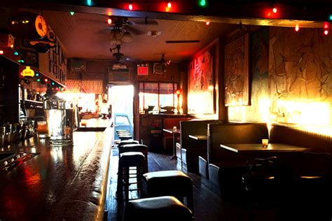 top dive bars in nyc the best dive bars in new york city travelmag com