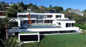 les plus du monde avec piscine maison moderne