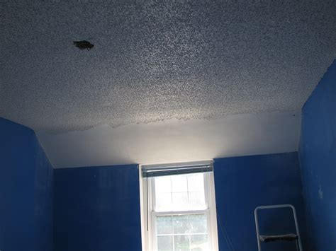 Spray Paint Popcorn Ceiling Spray Painting A Popcorn Popcorn Ceiling Spray Paint