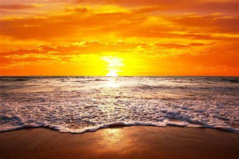 tapete meer fototapete sonnenuntergang in hawaii tapeten urlaub sonne