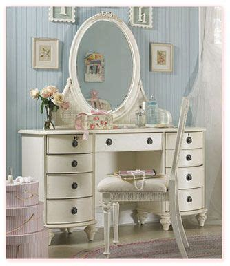 wohnung vintage vintage white vanity for a children s room with a baby